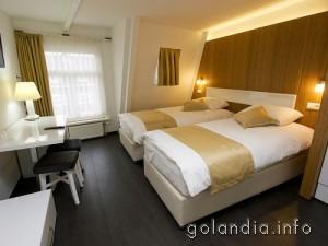 комната отеля Larende в Амстердаме
