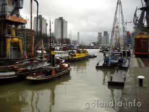 порт в Роттердаме