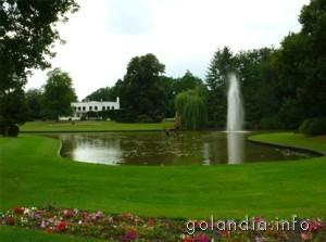 Парк в Энсхеде Нидерланды