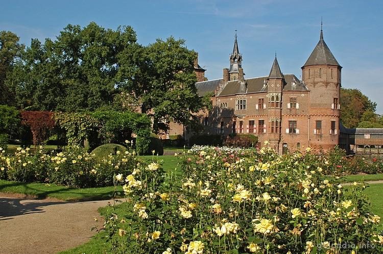 замок де Хаар близ Утрехта