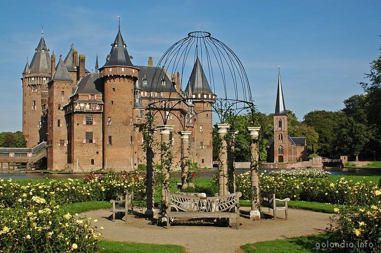 Вид на замок де Хаар
