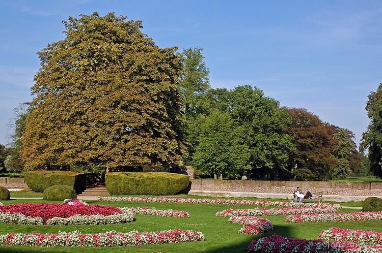 Парк в замке де Хаар
