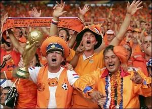 болельщики Голландии