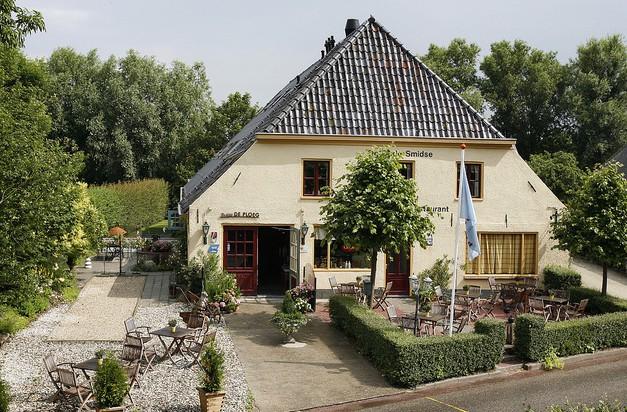 Семейный отель для любителей северной Голландии De Oude Smidse (Гронинген)