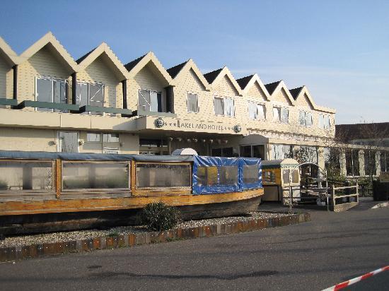 Lake Land Hotel. Приятное место рядом с Амстердамом (Монникендам)