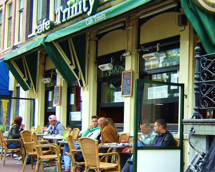 Cafe trinity bar. Бильярд и караоке (Амстердам)