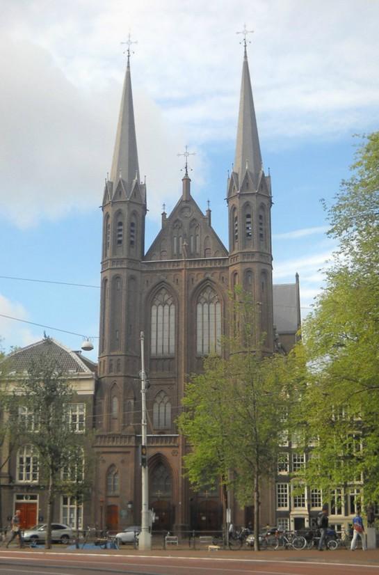 Церковь Крийтберг. Здание идеальной симметричности (Амстердам)