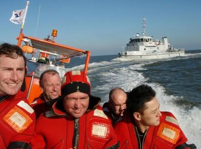 Гонки на спасательной лодке по заливу Эйселмеер (Эдам)
