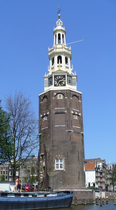 Башня Монтелбансторен. Амстердам