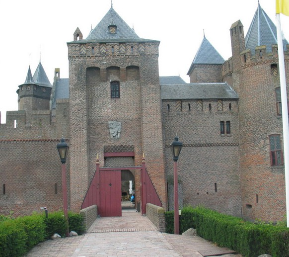 Замок Маудерслот. Мюйден