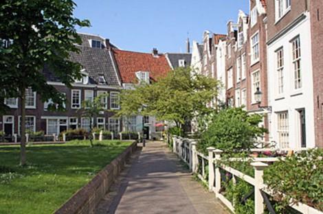 Бегейнхоф. Амстердам